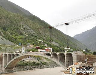 江东大桥将于今年年底完成投入使用